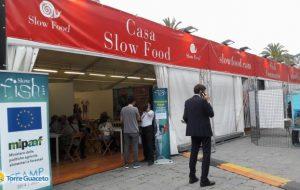 """Torre Guaceto: apre """"Slow Fish"""" e si festeggia la nascita del presidio della pesca sostenibile"""