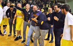 La Petrolmenga Ceglie saluta coach Federico Santoro