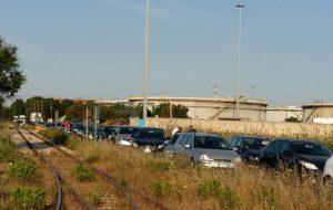 """Auto bloccate nella zona industriale, Cgil, Cisl e Uil: """"cosa fanno le istituzioni?"""""""