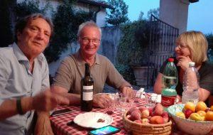 Claudio Ranieri innamorato dei vini di Cantina Risveglio di Brindisi