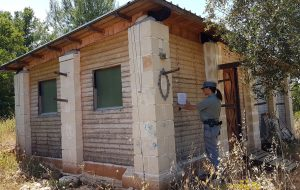 Sequestrata casetta abusiva nel bosco di Monte di Papa