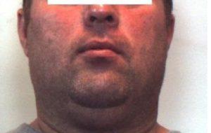 Rientrano a casa mentre i ladri svaligiano tutto: i Carabinieri arrestano due topi d'appartamento