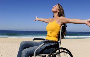 Disabili cacciati via da lido: la CGIL chiede spiagge libere per tutti