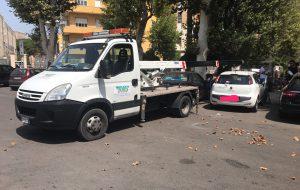 Polizia Municipale scatenata in città e sulla strada per il mare: pioggia di multe per divieto di sosta e mancata revisione
