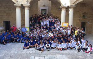 Tremila diari in dono agli studenti di Francavilla Fontana per imparare già tra i banchi di scuola l'importanza della differenziata
