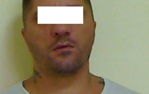 """Droga in casa: torna in carcere Antonio Giglio. Ad agosto tentò di uccidere """"Lalla"""" con una coltellata alla gola"""