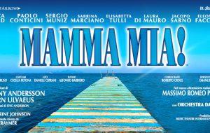 Mamma mia: il musical con piscina in scena al Nuovo Teatro Verdi