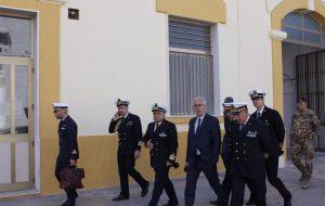 Il senatore Tomaselli (PD) in visita all'Arsenale militare di Brindisi