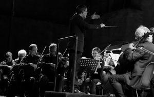 Stasera al Nuovo Teatro Verdi la OLES omaggia il genio di Nino Rota e la sua musica per film