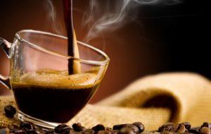 Il colloquio di lavoro si fa davanti a un caffè, domani a Brindisi candidati e imprese si incontrano a colazione