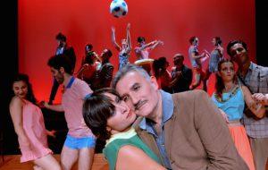 """Venerdì """"Le bal: l'Italia balla dal 1940 al 2001"""" inaugura la stagione del Teatro Kennedy di Fasano"""