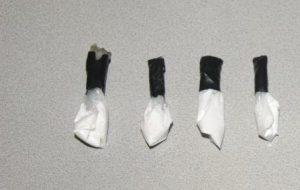 Cocaina e materiale per spaccio nello sgabuzzino: denunciato 35enne
