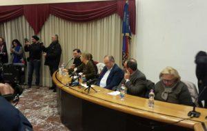 """Sala gremita per la presentazione della coalizione BBC, PD, LEU e del candidato sindaco Riccardo Rossi: """"Brindisi è ad un bivio, non state alla finestra"""""""