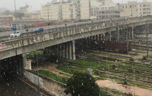 Neve in tutta la provincia di Brindisi: dalle 13.10 grossi fiocchi anche sul capoluogo