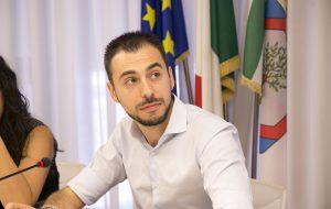 """Porto Brindisi. Bozzetti (M5S): """"Necessaria collaborazione istituzionale per affrontare le crisi del territorio"""""""