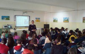 I Carabinieri incontrano gli studenti di Brindisi ed Oria