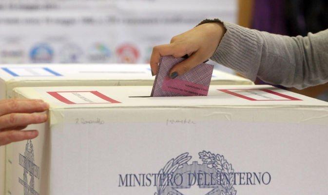 Elezioni 2018 tutti i pugliesi eletti alla camera dei for Sistema elettorale camera dei deputati