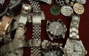 Acquista due orologi del valore di €. 31.000 e paga con assegno falso: denunciato