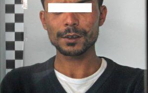 Aggredì cliente di un bar e due poliziotti: condannato a 14 mesi di carcere