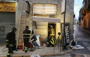 """Bomba in Piazza Vittoria, Confartigianato: """"uno schiaffo all'intera città"""""""