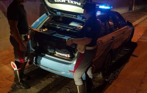 Alla guida ubriaco e drogato: patente ritirata ed auto confiscata