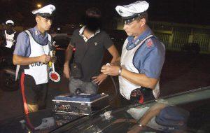 Guida ubriaco l'auto di papà: 38enne denunciato dai Carabinieri