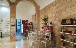 """Caffetteria letteraria Nervegna: domani """"Frisa & prosecco evening, con buona lettura"""""""