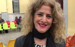 """L'ex vicesindaco De Vito, tornata a fare la dirigente scolastica, attacca Rossi: """"è come Bruno, svende diritti e dignità"""""""