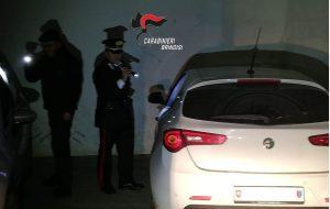 Scoperto deposito di auto rubate utilizzate per rapine e furti