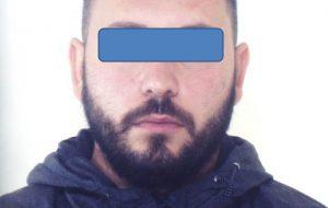 Folle inseguimento per le vie di Brindisi: arrestato 28enne senza patente