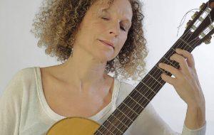 BrindisiClassica: giovedì 6 recital chitarristico di Adalisa Castellaneta nell'auditorium dell'ex convento Santa Chiara