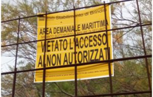Violata la security del Porto per esercitare pesca sportiva: 17mila euro di multa della Guardia Costiera