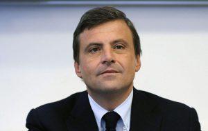 """Carlo Calenda presenta a Brindisi """"Orizzonti Selvaggi – Capire la paura e ritrovare il coraggio"""""""