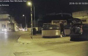 Rifiuto selvaggio: i furbetti ripresi dalle telecamere della Polizia Locale di San Michele Salentino