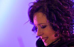 Musiche dal Mondo: al Verdi di Brindisi la straordinaria voce di Antonella Ruggiero