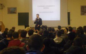 """I Carabinieri incontrano gli studenti dell'IPSIA """"Ferraris-De Marco"""""""