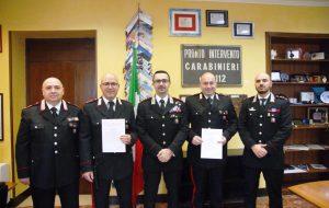 Bloccano senza incidenti Ape Car contromano sulla SS7: insigniti due Carabinieri