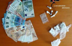 Nasconde la cocaina tra i sassi dei muretti a secco, arrestato 34enne