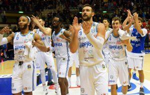 Un Brindisi al 2018! Happy Casa domina e vince a Trieste: 71-92