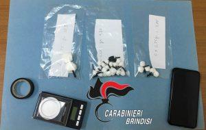 Nasconde 25 grammi di coca nella canna fumaria in disuso: arrestato 53enne