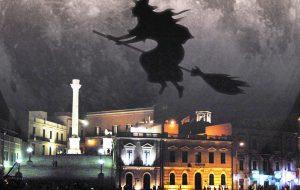 La Befana vien di mattina… dal tetto del Teatro Verdi