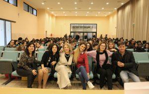 La scrittrice Giorgia Benusiglio incontra le famiglie dell'IISS Marzolla-Leo-Simone-Durano