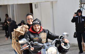 A Sant'Elia la Befana arriva in chiesa in Harley Davidson