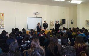 Cultura della legalità: i Carabinieri incontrano gli studenti del Giorgi di Brindisi e del Morelli di Carovigno