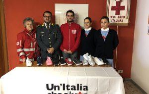 La CRI di Fasano dona 231 paia di scarpe alle famiglie bisognose