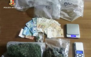 Spaccia droga nei pressi della stazione di Ostuni: in manette 28enne