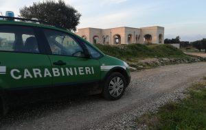 Carovigno: i Carabinieri Forestali sequestrano discarica rifiuti