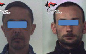 Non si fermano all'alt dei Carabinieri, poi rubano una Panda: arrestati