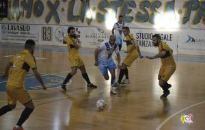 L'Olympique Ostuni vince il derby con il Futsal Brindisi