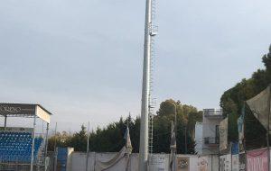 Innalzate le quattro torri faro allo Stadio Giovanni Paolo II